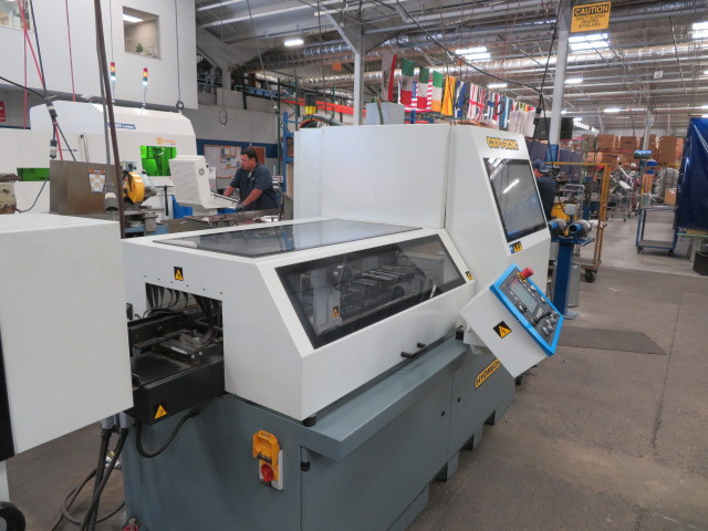 Hydmech CNC 370 Auto Saw with incline loader table. Mist lubrication, loader tab