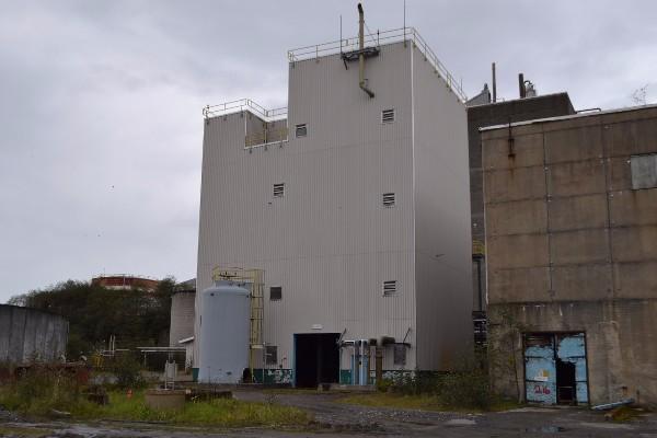 COMPLETE CLO2 BUILDING