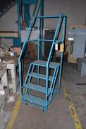 4 STEP LADDER