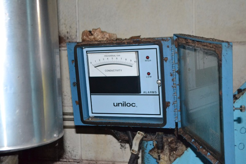 UNILOC CONDUCTIVITY TRANSMITTER