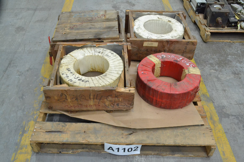1 PALLET OF 4 SKF 23244CK SPHERICAL ROLLER BEARINGS 220X400X144MM