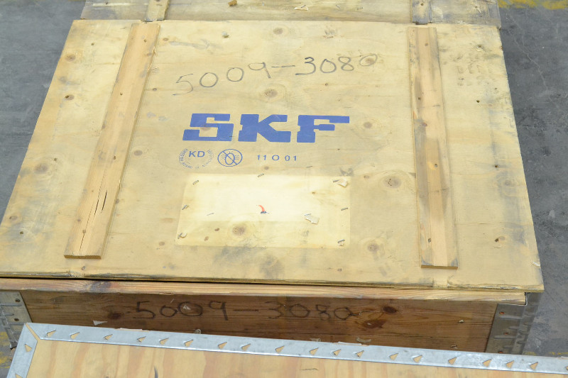 SKF 23260 CAK/W33 SPHERICAL ROLLER BEARING 300X540X192MM