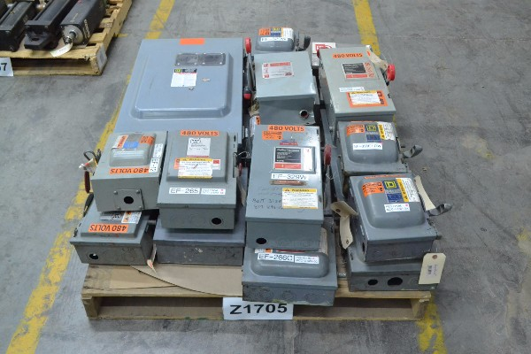 1 PALLET OF ASSORTED DISCONNECT SWITCHES, SQUARE D. CUTLER HAMMER, WESTINGHOUSE