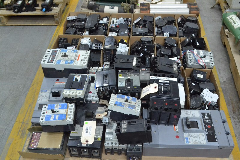 1 PALLET OF ASSORTED CIRCUIT BREAKERS, SQUARE D, ALLEN BRADLEY, CUTLER HAMMER, WESTINGHOUSE