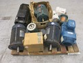 1 PALLET OF ASSORTED AC / DC MOTORS, RELIANCE, LEESON, GE, DEMAG