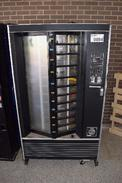 ROWE INTERNATIONAL SHOWCASE SNACK VENDING MACHINE