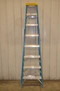 WERNER 8FT 250LB CAPACITY STEP LADDER