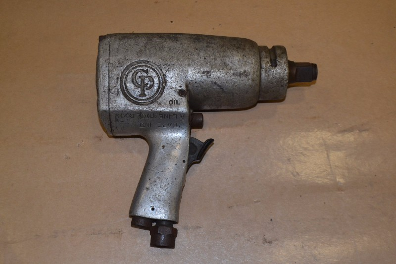 CHICAGO PNEUMATIC IMPACT WRENCH