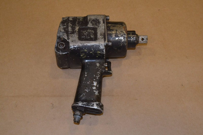 INGERSOLL RAND PNEUMATIC IMPACT WRENCH