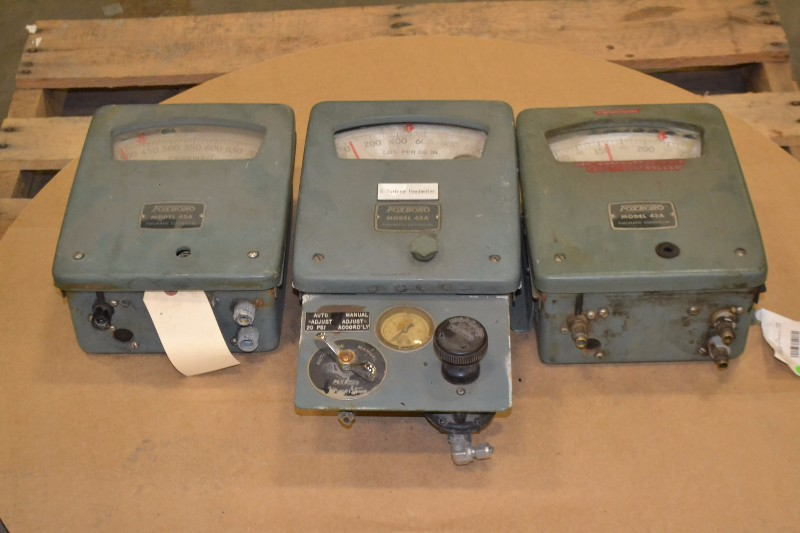 LOT OF 3 FOXBORO PNEUMATIC CONTROLLER
