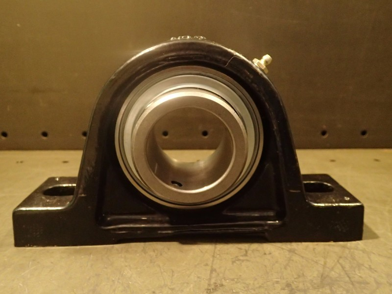 NEW Ina RASE2 Pillow Block Bearing 2-Bolt 2\