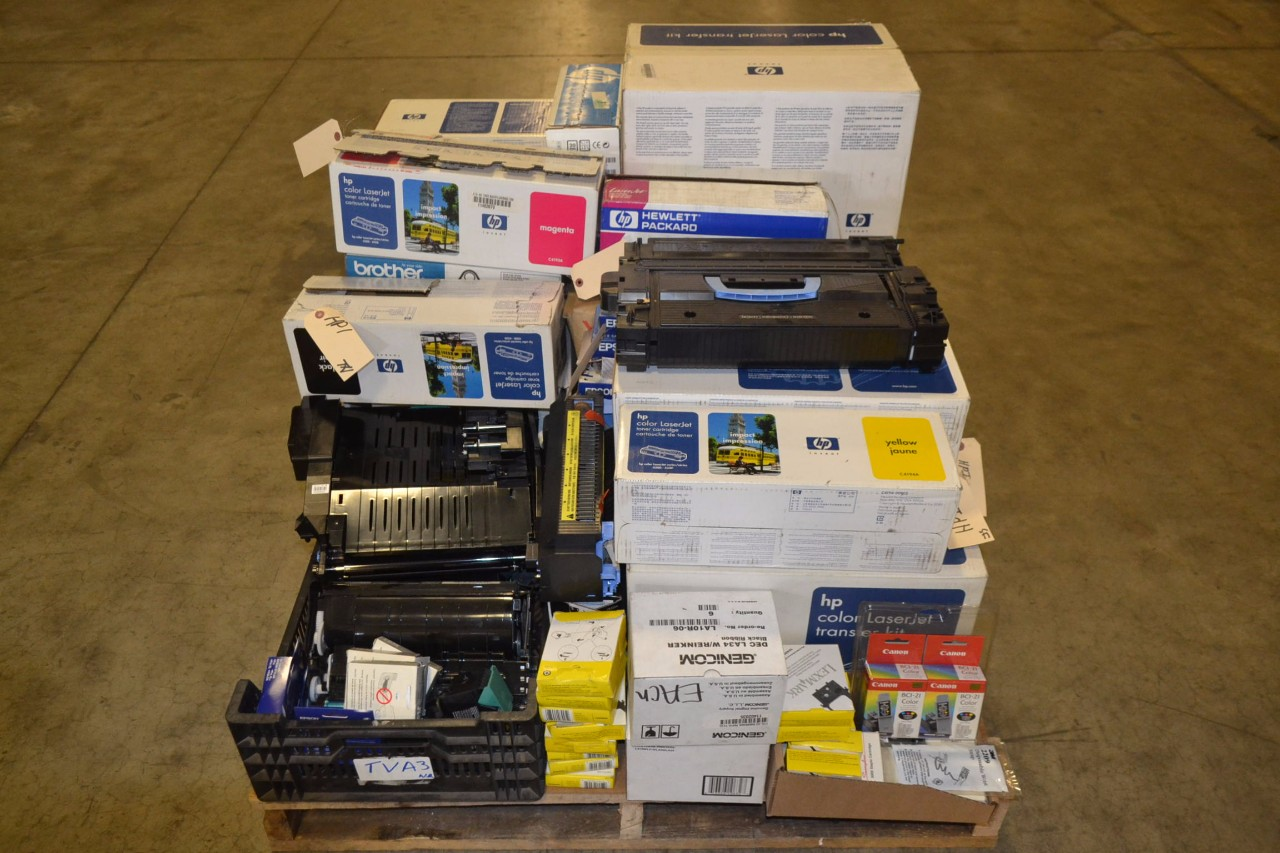 1 PALLET OF ASSORTED TONER AND PRINT CARTRIDGES