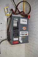 DEKA AUTOMATIC INDUSTRIAL BATTERY CHARGER