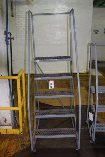 COTTERMAN 5 STEP ROLLING LADDER
