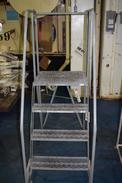 COTTERMAN 4 STEP ROLLING LADDER
