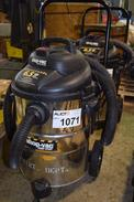 SHOP VAC 6.5 HP 92M650C VACUUM CLEANER