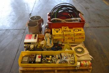 1 PALLET OF ASSORTED HYDRAULIC ACCESSORIES