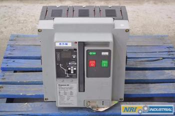 EATON MAGNUM DS 800A LOW VOLTAGE CIRCUIT BREAKER