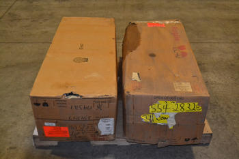 LOT OF 2 COOPER F4C/LS VACUUM RECLOSER CONTROL