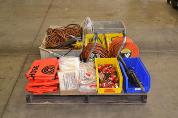 1 PALLET OF HAND TOOLS AND EXTENSION CORDS