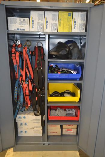TOOL STORAGE CABINET WITH SAFETY EQUIPMENT CONTENTS