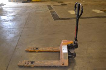MULTITON TML 27X36 MANUAL PALLET JACK
