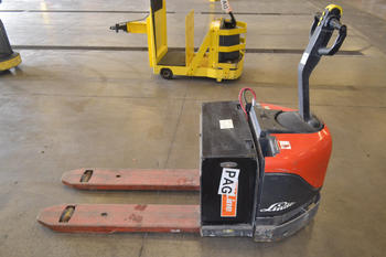 LINDE EW60 ELECTRIC LIFT TRUCK