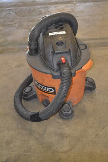 RIDGID WET/DRY SHOP VAC, 12 GALLON, 5 HP