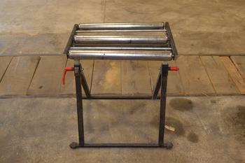 ROLLER STAND WITH 3 ROLLERS