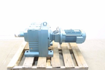 SEW EURODRIVE 10HP 460V-AC 1770 RPM 3PH 103.20:1 GEAR MOTOR