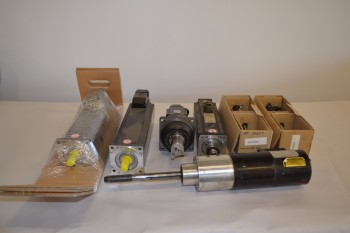 LOT OF 7 ASSORTED SERVO MOTORS