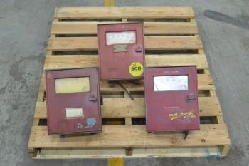 3 ASSORTED FOXBORO 43AP-FA12N PNEUMATIC CONTROLLER (BRAMPTON)