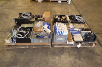 2 PALLETS OF ASSORTED LAB EQUIPMENT