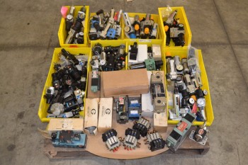 1 PALLET OF ASSORTED FILTER REGULATORS, SOLENOIDS