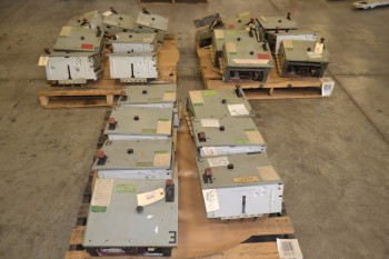 3 PALLETS OF GENERAL ELECTRIC GE CR206C0 MCC BUCKETS