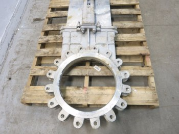 FNW 16 IN 150 STAINLESS FLANGED KNIFE GATE VALVE