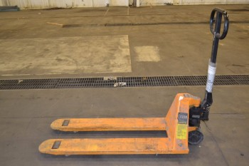 TITAN LIFT-RITE MANUAL PALLET JACK
