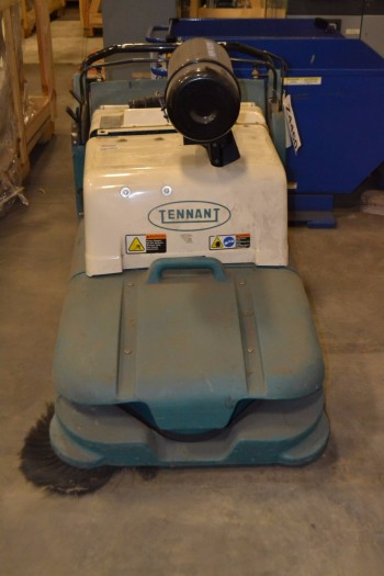 TENNANT 6080 WALK BEHIND FLOOR SWEEPER