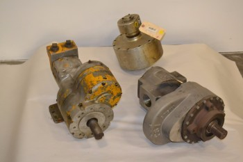 LOT OF 3 ASSORTED PNEUMATIC MOTORS