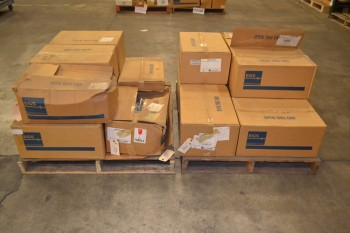 2 PALLETS OF EGS XMM100LXMTB LAMP LIGHTING