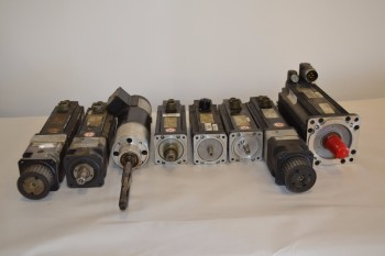 LOT OF 8 ASSORTED SERVO MOTORS