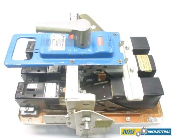 GENERAL ELECTRIC GE AK-2A-25 SWITCHGEAR BREAKER