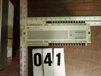 Allen Bradley SLC-100 Programmable Controller