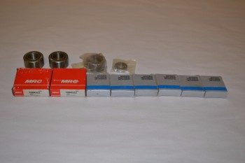 LOT OF ASSORTED BEARINGS