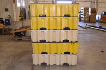 LOT OF 5 EAGLE 1640 CONTAINMENT PALLETS