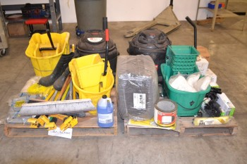 2 PALLETS OF ASSORTED JANITORIAL EQUIPMENT