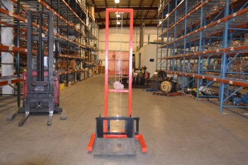 SWITCHGEAR LIFT TRUCK PLATFORM LIFTER LOADER