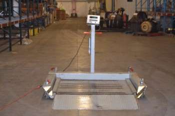 GSE SCALE SYSTEMS PORTABLE SCALE, MODEL 450