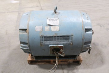 SIEMENS-ALLIS INDUCTION MOTOR, 500HP, 4000V, 3575RPM