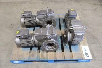 1 PALLET OF GEAR MOTORS 3HP, 460V-AC, 17.87 300-1800RPM